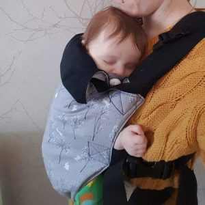 Integra babywearing sling suitable from newborn easy to use